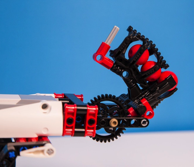 5 Reasons Why You Should Buy the Lego Mindstorm EV3 For Your Child ...